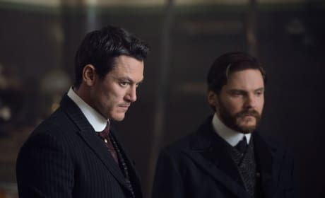 Dynamic Duo - The Alienist Season 1 Episode 7