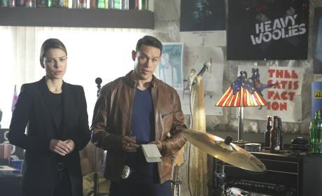 Dan and Chloe - Lucifer Season 2 Episode 14