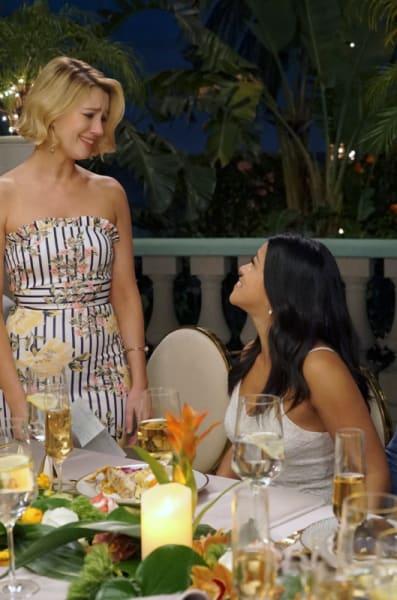 Best Friends - Jane the Virgin Season 5 Episode 19