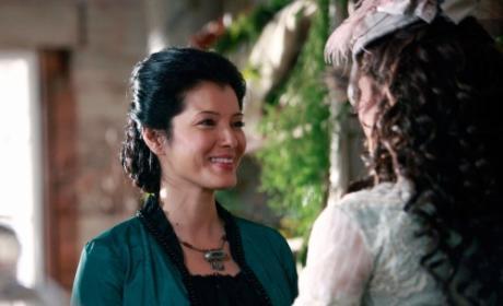 Kelly Hu as Pearl