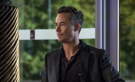 HR's Prep - The Flash Season 3 Episode 10