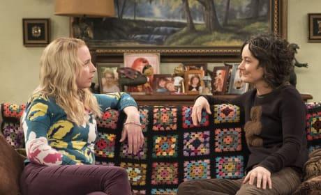 Becky And Darlene Talk - Roseanne Season 10 Episode 9