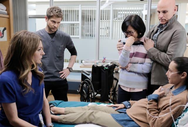 Speaking to the Family - The Resident Season 2 Episode 13