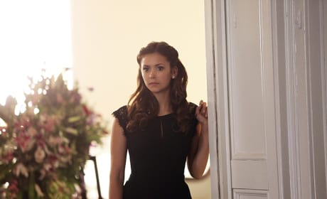 Waiting in the Wings - The Vampire Diaries Season 6 Episode 15