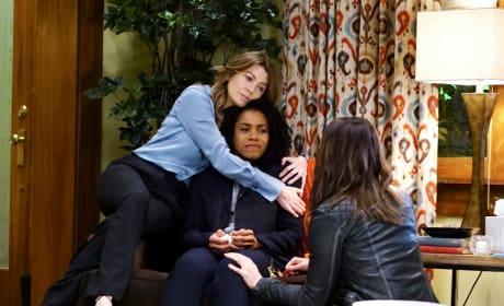 Hugs - Grey's Anatomy Season 13 Episode 19