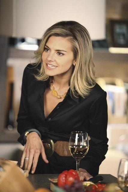 Eliza Coupe of Happy Endings