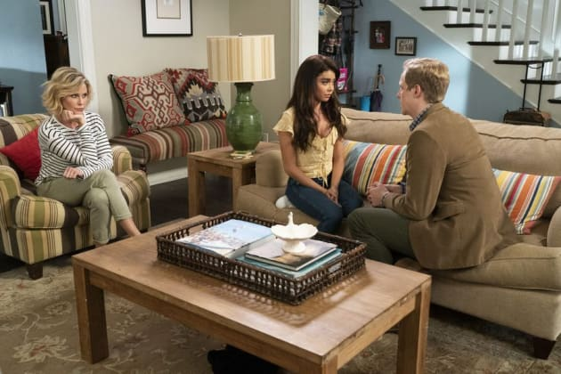 Making a Decision - Modern Family