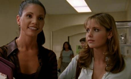 Queen C and Queen B - Buffy the Vampire Slayer Season 1 Episode 1