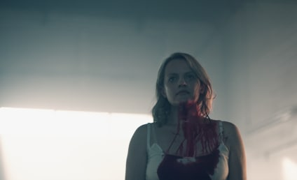 The Handmaid's Tale Season 2: FIRST LOOK!