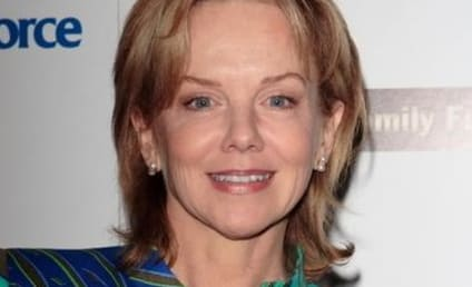 Linda Purl Cast on The Office