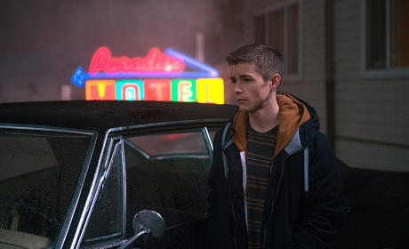 Dean and the Impala - Supernatural Season 10 Episode 12
