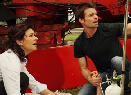 Watch Saving Hope Season 1 Episode 10 Online