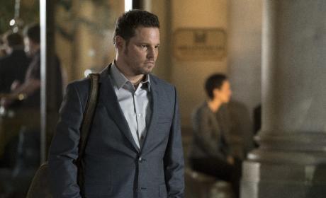 Now Boarding - Grey's Anatomy Season 13 Episode 23