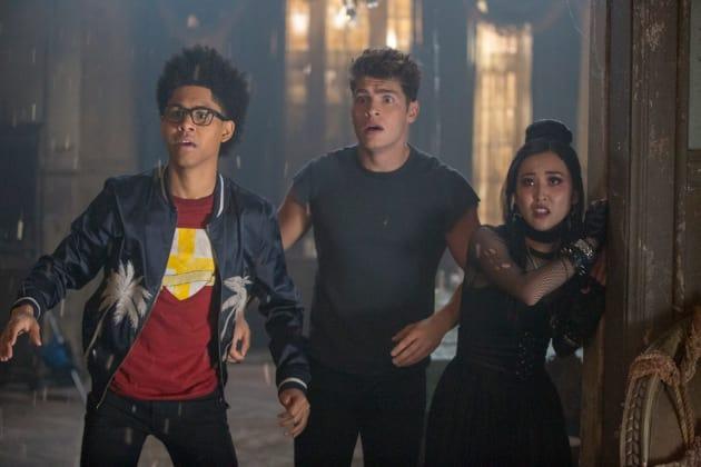 Earthquakes - Marvel's Runaways Season 2 Episode 2