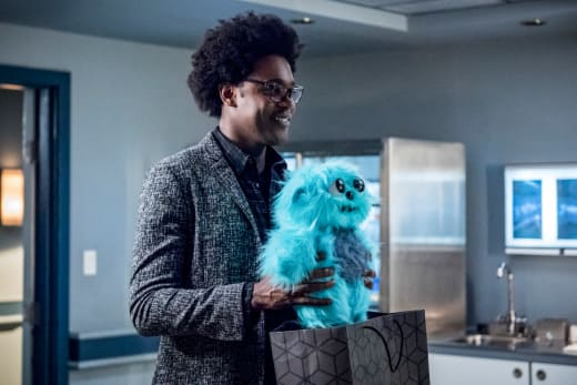 Beebo Is Back  - Arrow Season 7 Episode 4