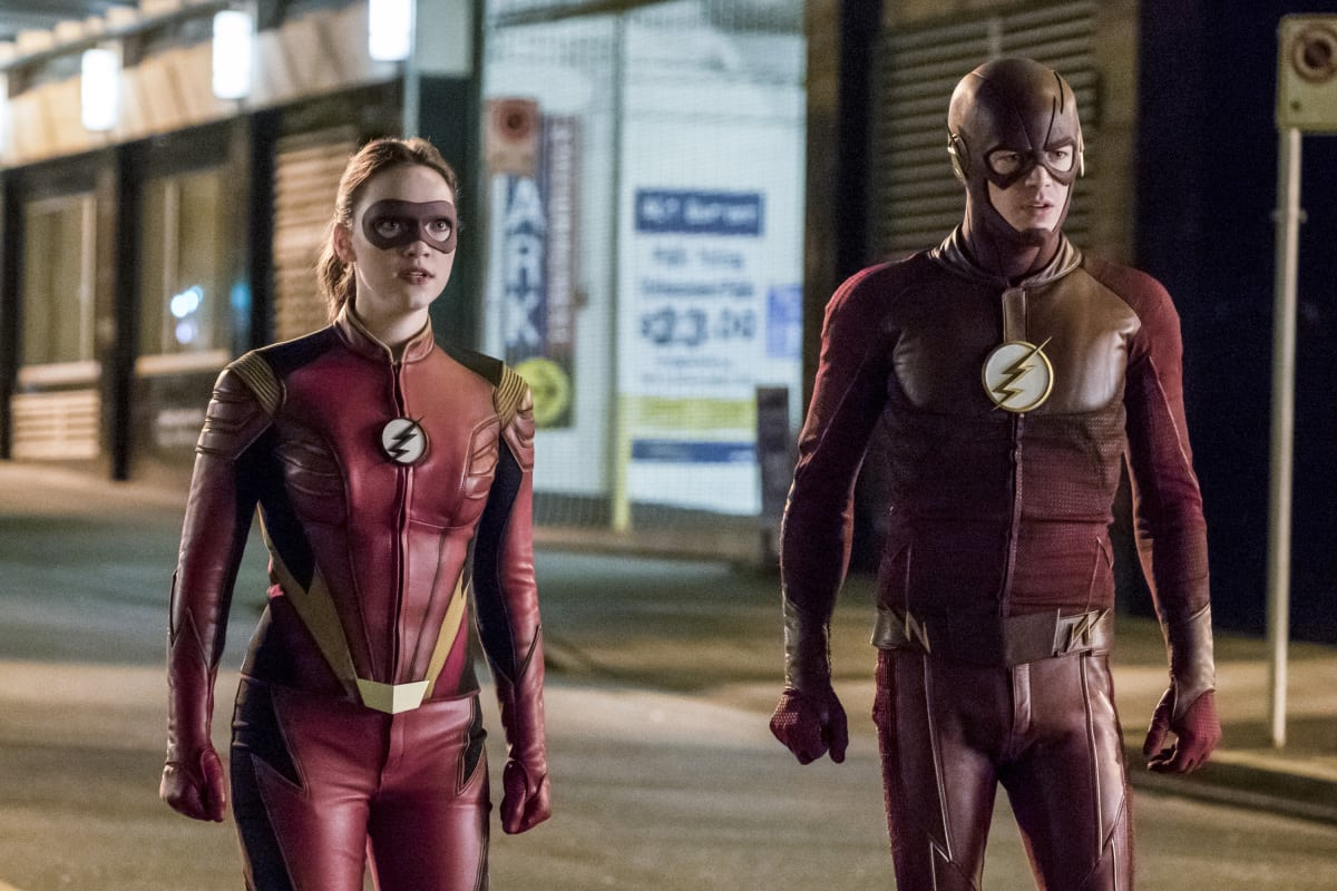 The Flash Season 3 Episode 14 Review: Attack on Central City - TV