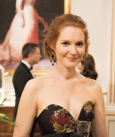 Abby Smiles - Scandal Season 7 Episode 2