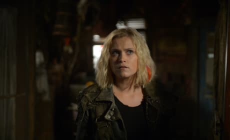 Clarke in the Past - The 100 Season 6 Episode 7