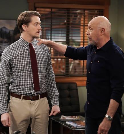 Kyle, Ed - Last Man Standing Season 7 Episode 8