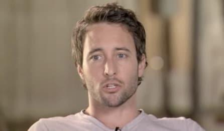 Alex O'Loughlin as Andy
