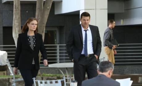 Booth and Brennan Pic - Bones Season 10 Episode 2
