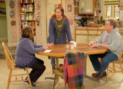 Watch Roseanne Season 10 Episode 4 Online