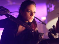 Lost Girl Season 2 Episode 1