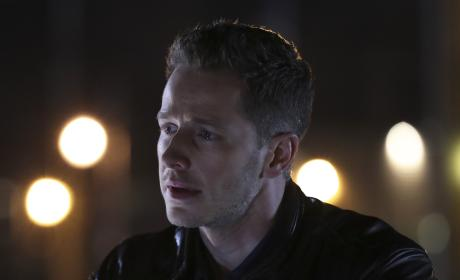 Heavy thoughts - Once Upon a Time Season 6 Episode 12