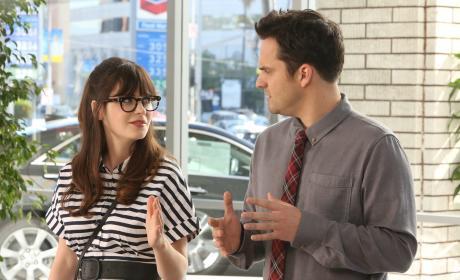 The Sexist Salesman - New Girl