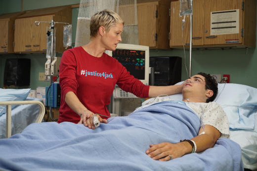 Stef refuses to leave Jesus' bedside - The Fosters Season 4 Episode 11