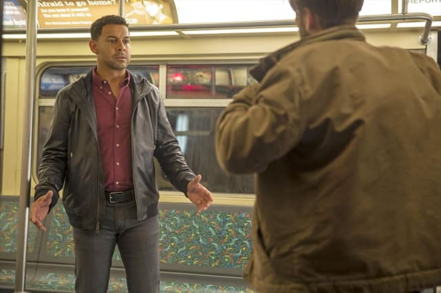 Subway Ride - Castle Season 7 Episode 8