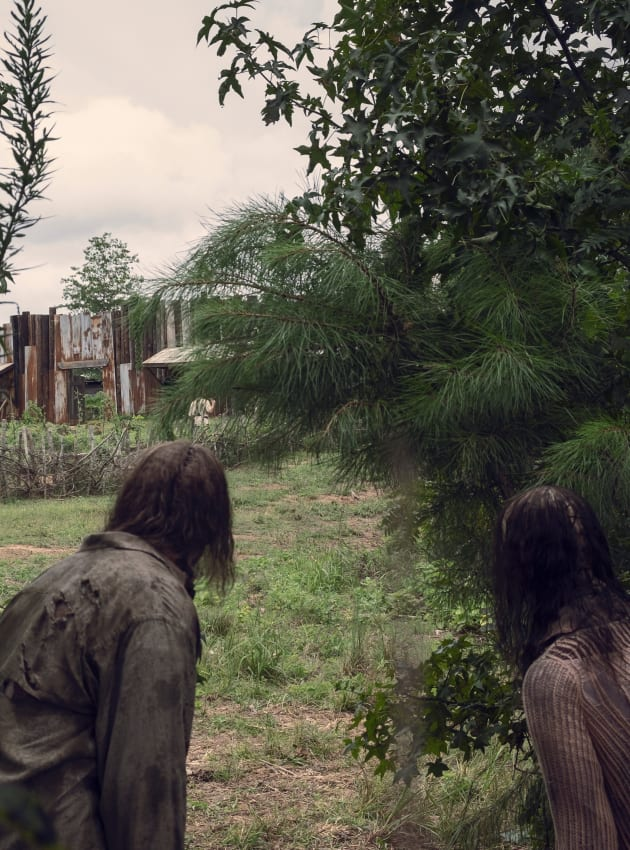 Company - Tall - The Walking Dead Season 9 Episode 10
