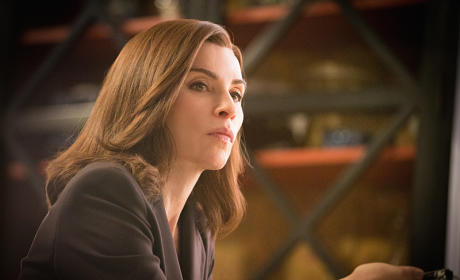Alicia, Up Close - The Good Wife Season 6 Episode 21