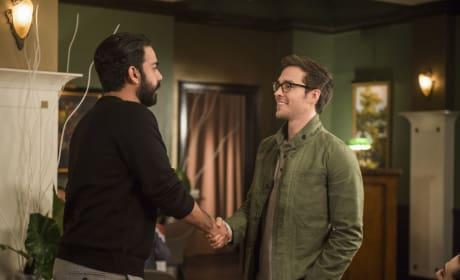 Mon-El Meets Jack - Supergirl Season 2 Episode 18