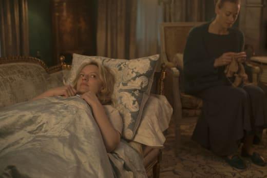 Mother Hen - The Handmaid's Tale Season 2 Episode 6