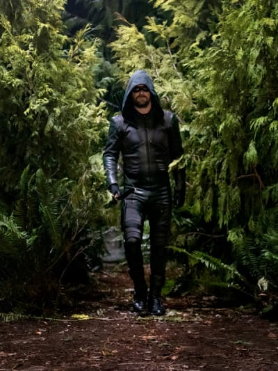Green Arrow - Arrow Season 8 Episode 7