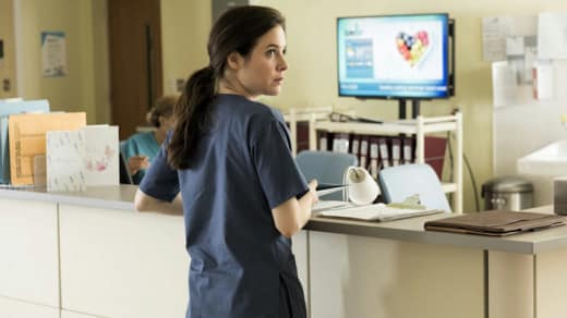 Dr. Harris at (Her Other) Work - Mary Kills People Season 1 Episode 1