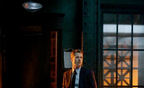 Harbinger of Hope - Gotham Season 5 Episode 1