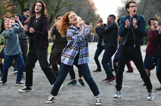 Zoey dance long - Zoey's Extraordinary Playlist Season 2 Episode 5