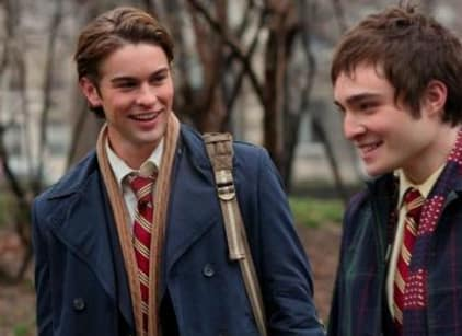 Watch Gossip Girl Season 1 Episode 1 Online