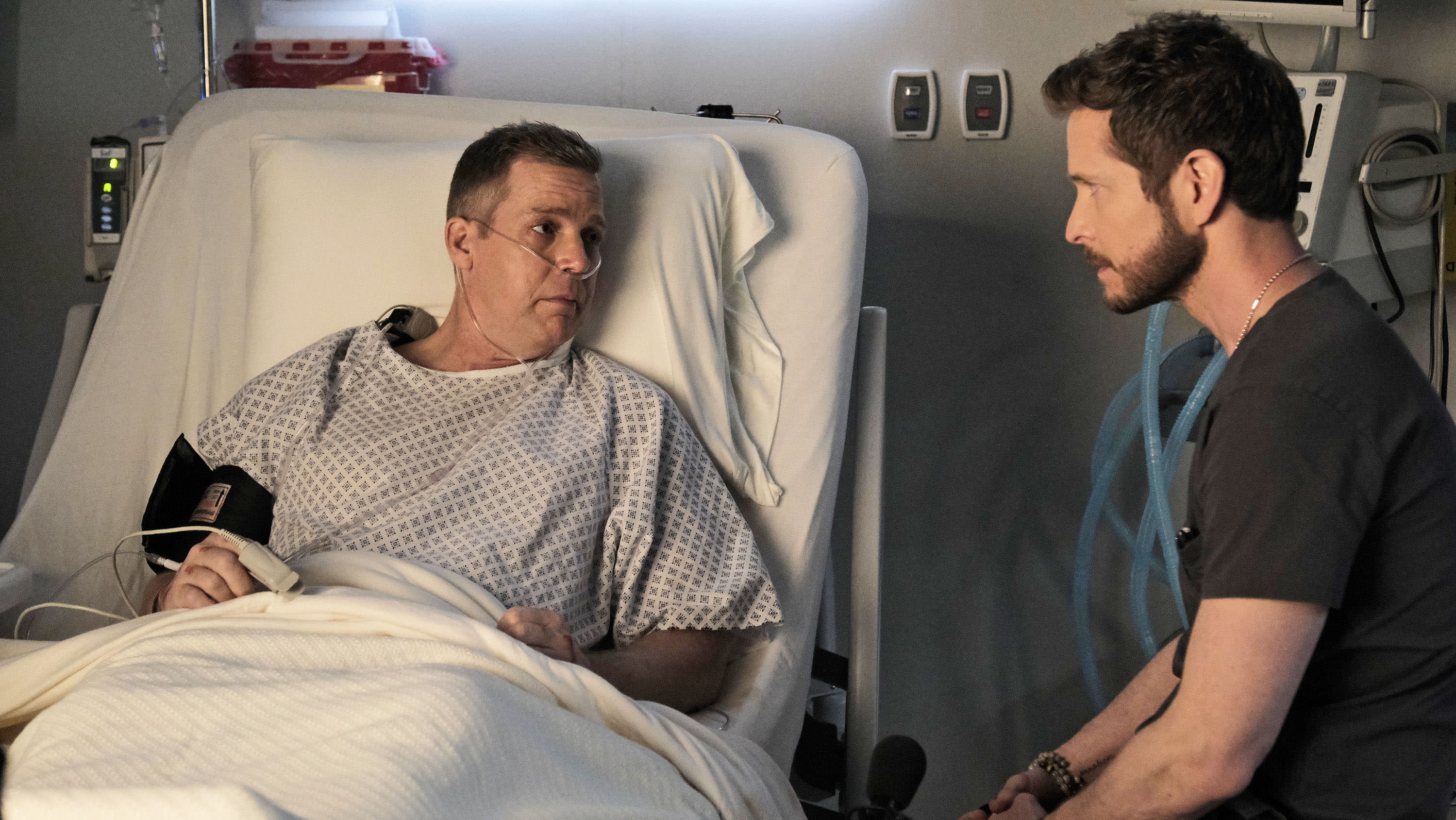 the resident 4x07 hero moment recensione