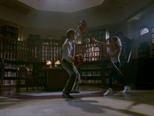Training Session - Buffy the Vampire Slayer Season 2 Episode 1
