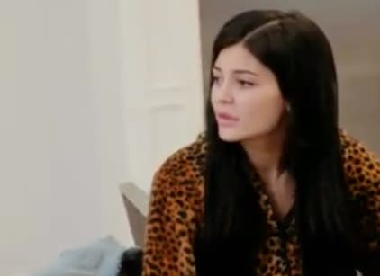 Watch Life of Kylie Season 1 Episode 4 Online