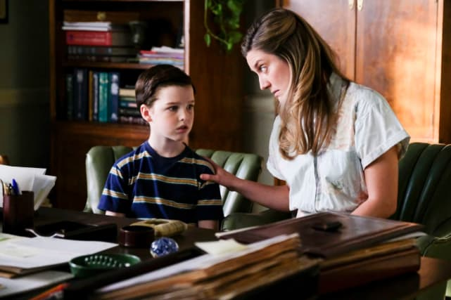 Young Sheldon: Sheldon Understands His Mom's Need for Faith