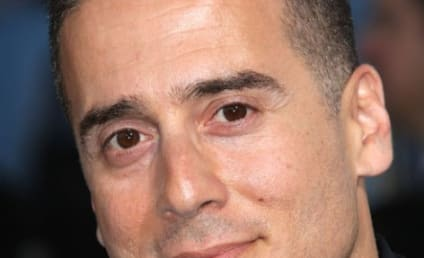 Arrow Season 6: Kirk Acevedo Joins as New Villain!