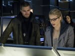 Together Again - Arrow Season 3 Episode 23