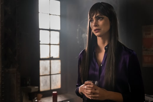 Queen Lee - Gotham Season 4 Episode 12