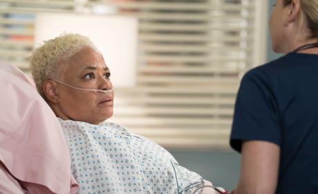 Break it to Me Gently - Grey's Anatomy Season 15 Episode 1