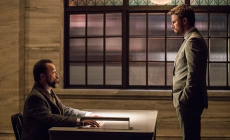 Can They Play Nicely - Arrow Season 6 Episode 17