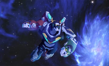 A Leveled Up Voltron - Voltron: Legendary Defender